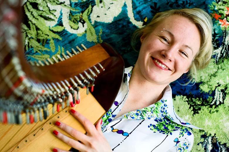 Harpisti-Salla-Hakkola-2010